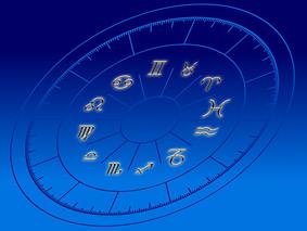 西洋占星術にも厄年ってある?厄年の過ごし方とは?