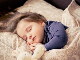 良い眠りのために!睡眠負債を防ぐ朝と夜の過ごし方とは?