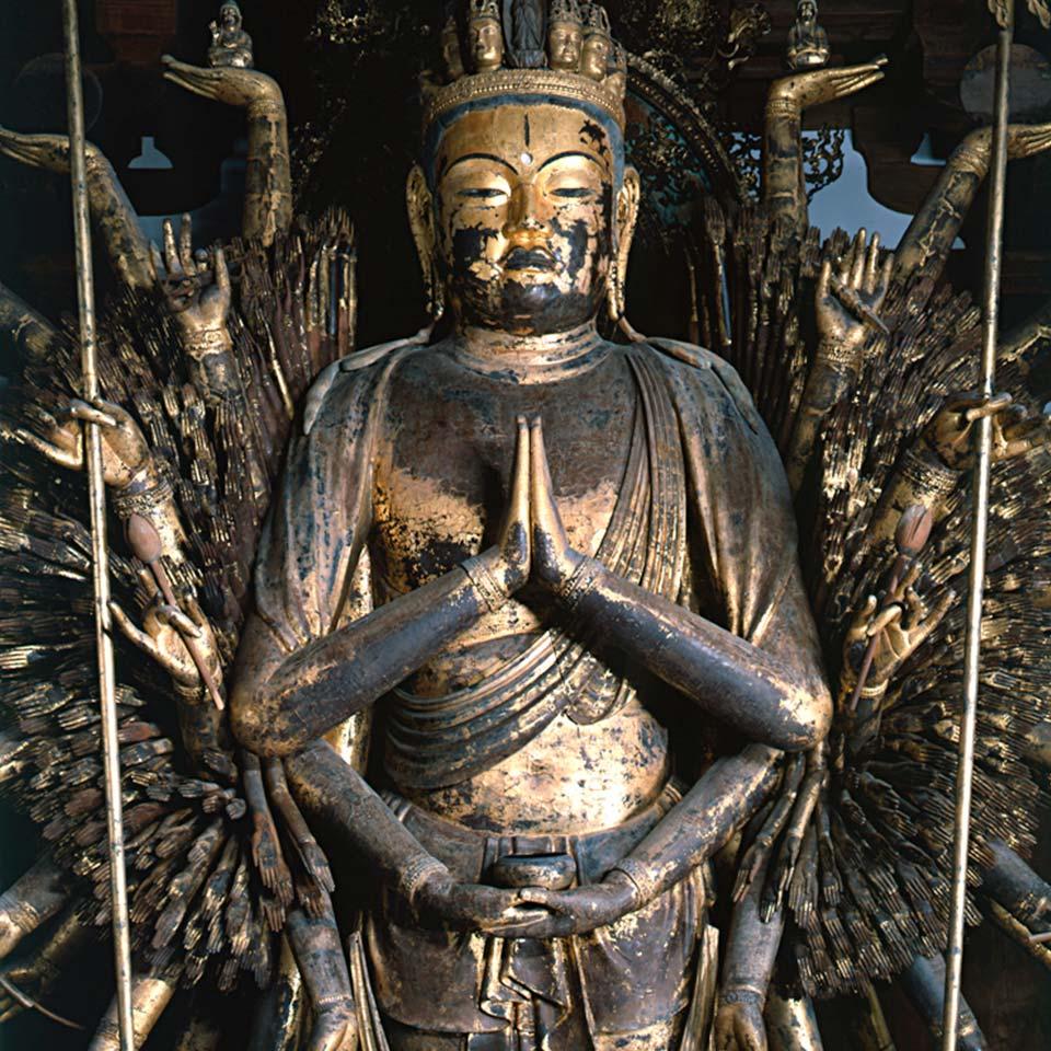 唐招提寺の953の手を持つ観音像