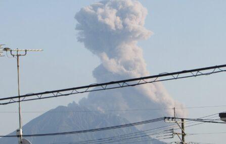 トカラ列島群発地震で噴火が起きる?